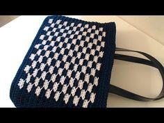 La Borsa scacchi all'uncinetto con punto in rilievo, bordo e spalletta per chiudere la borsa - YouTube Diy Crochet Bag, Crochet Handbags, Chanel Boy Bag, Purses And Bags, Projects To Try, Crochet Patterns, Shoulder Bag, Canvas, Crochet Bag Tutorials