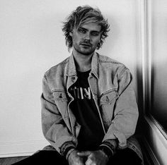 When tf does he plan on not attempting to kill all us Michael girls??