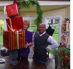 Home & Family - Tips & Products - Ken Wingard's Present Topiary.  I already made one of these for my front porch.