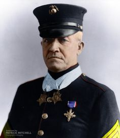 (November 1873 – April A Two Time Medal of Honor Winner. Sergeant Major Daly was one of only nineteen men (including seven US Marines) to have received the Congressional Medal of Honor twice. Marine Corps Uniforms, Marine Corps History, Us Marine Corps, Military History, Medal Of Honor Winners, Medal Of Honor Recipients, Usmc Wallpaper, Chesty Puller, Famous Marines