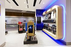 Tech2go retail store, Sydney Airport. Retail interior design, graphic design and fixture design by Thoughtspace