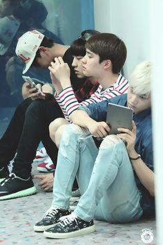 EXO waiting patiently like good little boys :) #exo
