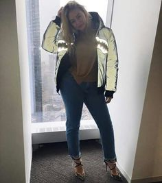 Iskra lawrence style