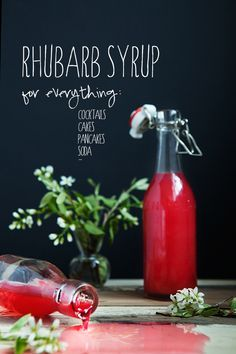 Rhubarb Syrup Recipe: 500 g pound) Rhubarb 6 tbsp Sugar dl cup) Water Few leaves of Mint 2 strips Lemon Zest Canning Recipes, My Recipes, Favorite Recipes, Syrup Recipes, Recipies, Jelly Recipes, Dessert Recipes, Rhubarb Syrup, Cocktail