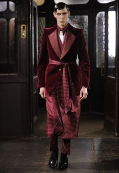mcqueen+mens+2014 | Alexander McQueen menswear returns to London with sallow gangsters ...