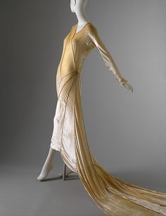 Madeleine Vionnet – Wedding Dress – 1929- Courtesy MET - HISTORY of SPider Dresses. MORE HERE: https://lucianolapadula.wordpress.com/2017/10/31/spider-dresses-from-the-past/