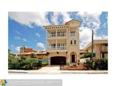 "310 Jackson St, Hollywood, FL - $1,490,000, 4 Beds, 4 Baths. Impressive ""newly constructed"" 4BR/4BA/2CG/elevator beach home rests only steps from the sand and offers stunning direct ocean, beach and Intracoastal views.  Inside features gorgeous marble and cherry wood floors and large open rooms.  The custom designed chef\'s kitchen flows to beautifully furnished living and dining areas.  Huge master suite..."