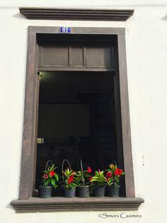 Detalhe janela casarão tombado em Nova Veneza, SC, Brasil.