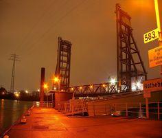 Rethebrücke Hafen Hamburg by TIAN@OTF, via Flickr, repinned by www.BlickeDeeler.de