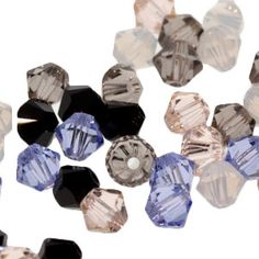 This mix combines the following colors: Provence Lavender, White Opal, Silk, Greige and Jet