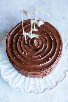 Choklad- och espressotårta med dulce de leche och havssalt