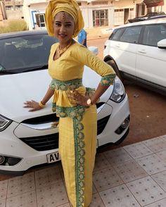 ( 13 Photos ) BINTA du Mali … tenue très classe et stylés… Sagnsès à couper le souffle – Dakarbuzz African Attire, African Fashion Dresses, African Dress, African Style, Photos, Souffle, Womens Fashion, Skirts, Clothes