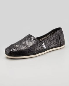 curse you TOMS for making such cute shoes that I am obviously addicted to!
