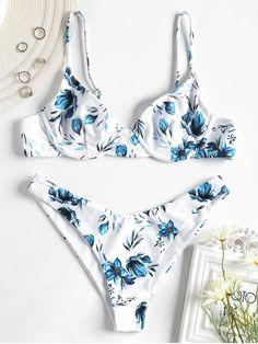 2020 Women Swimsuits Bikini Men In Bathing Suits Snake Print Bathing Suit Cap Sleeve Bathing Suit Zip Up Bathing Suit Robert Kardashian, Khloe Kardashian, Cute Swimsuits, Women Swimsuits, Bikini Swimwear, Bikini Set, Floral Bikini, Kardashian Kollection, Bikini Rouge