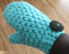 (4) Name: 'Crocheting : Chunky Mittens