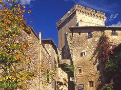 www.fondazionecaetani.org  www.lecamerepinte.it  a photo of the Caetani castle in Sermoneta