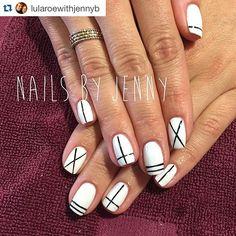Un #buongiorno da @lularoewithjennyb e tutti noi!  Fun set from last week!! I just love this client.  And she always has such cute ideas.  Inspired by a photo she brought in.  #nailart #stgeorgenailtech #gelpolish #blackandwhite #instanails #myclientsrock #naturalnails #youngnails #maniq #nailpolish #yni #yni99 #youngnailsitalia #fashion #nails