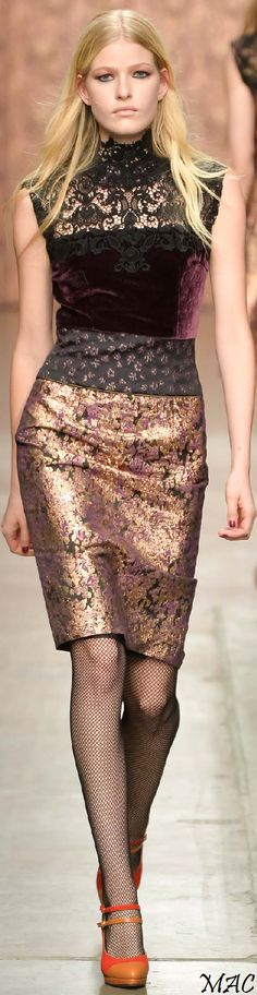 Fall 2015 Ready-to-Wear Sophie Theallet