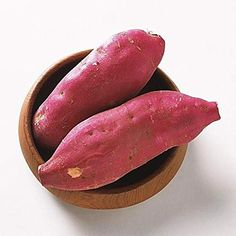 Sweet Potato Has More Vitamin A Than White Potato And Is A Natural Painkiller! 8 Benefits of Sweet Potatoes (Including Diabetes and Arthritis Treatments!) – Juicing For Health Sweet Potato Juice, Sweet Potato Benefits, Sweet Potato Plant, Juicing Benefits, Health Benefits, Canned Potatoes, Heart Healthy Recipes, Health Recipes, Juice Recipes