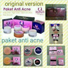 Saya menjual Aura Glow Paket Jerawat/Acne - Aura Glow Magic Cream Acne seharga Rp210.000. Ayo beli di Shopee! https://shopee.co.id//31815619/