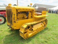 Caterpillar model Ten Caterpillar Equipment, Chenille, Heavy Equipment, Farming, Tractors, Toys, Model, Vintage, Heavy Machinery
