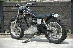 Yamaha-sr400-5.jpg