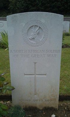 south-african-soldier-grave-barendse Unknown to God