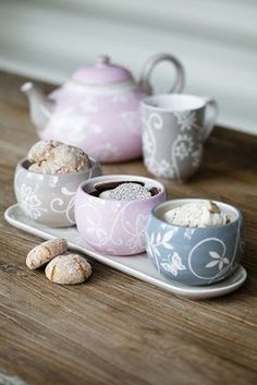 Preciosos cuencos para tus dulces de té