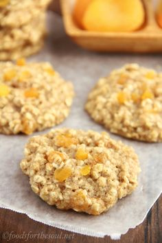 Clean-Eating Apricot Oatmeal Cookies -- these skinny cookies don't taste healthy at all! They're so soft & incredibly chewy.