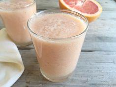 Bij zonnige dagen horen frisse smoothies en dan is grapefruit een heerlijk ingrediënt. En ook nog eens een hele gezonde. Wist je dat grapefruit...
