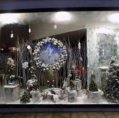 Design by Costas Perivolarakis Metamorfosi Athens Name of flower shop is Narkissos