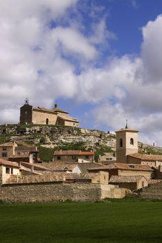 Ermita de Santa María del Castillo (s. X) e Iglesia de San Miguel (Trigueros del Valle)
