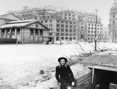 Berlin 1945 Germany, Berlin: Ruins of the KaDeWe department store at Wittenbergplatz. Berlin 1945, West Berlin, Berlin Germany, The Second City, The Third Reich, History Photos, Old City, Military History, World War Two