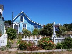Mendocino Photo Gallery of Homes: 3 Homes on a Lot
