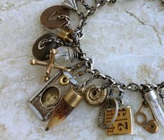 Bracelet Theresa Loomis, I love charm bracelets, and these charms are wonderful!
