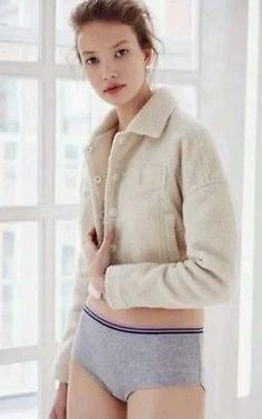NWOT BDG Nordstrom Rack Faux Sheep Creme Cropped Jacket, Sz medium