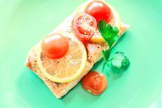 Łosoś na parze - przepis | Salmon http://www.codogara.pl/7829/losos-na-parze/
