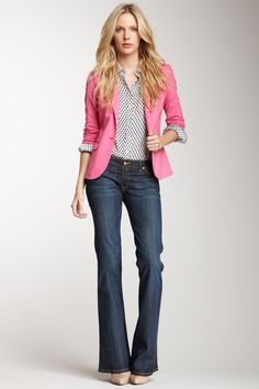 David Kahn Deborah Board Short Waist Jean - love this look Style Casual, Casual Chic, Style Me, Casual Outfits, Pink Blazer Outfits, Casual Fridays, Pink Blazers, Work Casual, Smart Casual