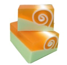 Kismet holds the scent of Patchouli, Orange, Lemongrass, Lavendin, Pine, Gardenia, Sandalwood, and Musk create the sumptuous blend within this artisan SLS Free soap. A real winner in smell and design. £3.00 per slice