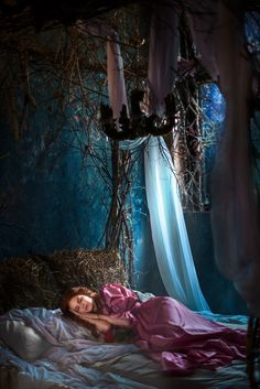 Sleeping Beauty. Castle. Fairytale. Photographer: Tatiana Chernikova Model: Valeria Moskovchenko Sleeping Beauty Princess, Outdoor Furniture, Outdoor Decor, Hammock, Fairy Tales, Castle, Photoshoot, Wallpaper, Home Decor