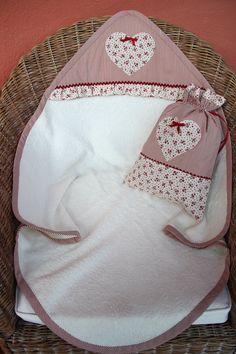 Toalla bebe con capucha
