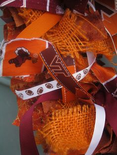 TIP GARDEN: Fall Football Wreath - only not VT good tutorial though