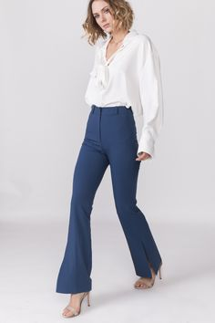 #flares #jeans #LanaNguyen #fashion #style #outfit #ootd #lanaapreschictrousers