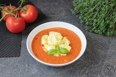 Kremowa+zupa+pomidorowa+z+tortellini