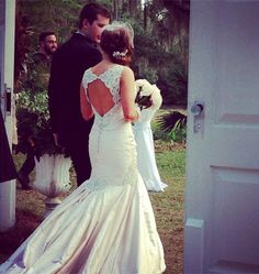 Love this! Southern Wedding, Tallahassee, FL Mermaid Wedding, Southern, Wedding Dresses, Fashion, Bridal Party Dresses, Wedding Gowns, Bridesmade Dresses, Fashion Styles, Wedding Dress