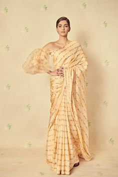 sonamkapoor in custom silk Tamil print saree paired with an organza corset Blouse by Sonam Kapoor Saree, Deepika Padukone, Saree Draping Styles, Saree Styles, Indian Attire, Indian Outfits, Indian Clothes, Emo Outfits, Indian Wear