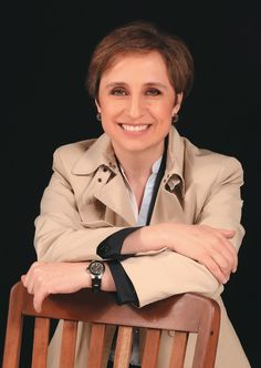 Carmen Aristegui: el poder de la convicción Suits For Women, Fascinator, Inspired, People, Inspiration, Accessories, Ideas, Fashion, Mental Map