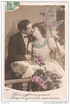 """Carte Postale Ancienne """"Embrasser"""" France."""