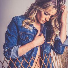A jaqueta jeans é peça curinga que não pode faltar no closet! #DiadasMãesGdoky #Wishlist #JaquetaJeans 💙