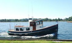 1985 Lord Nelson Victory Tug 37 Trawler Power Boat For Sale -